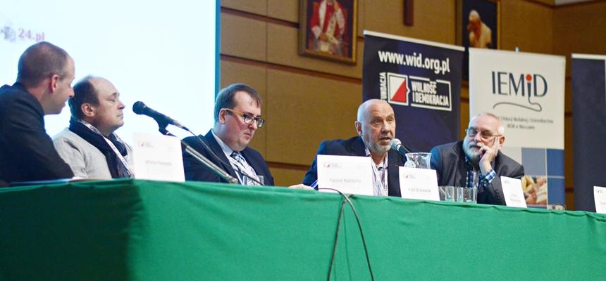 """Konferencja """"Media-Rosja. Nowe zagrożenia propagandowe"""""""