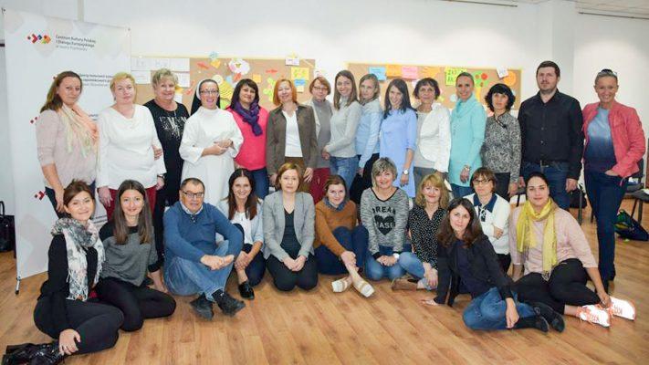 """Szkolenie """"Kształtowanie umiejętności uczenia się języka polskiego uczniów na różnych poziomach edukacyjnych"""" w Iwano-Frankiwsku"""