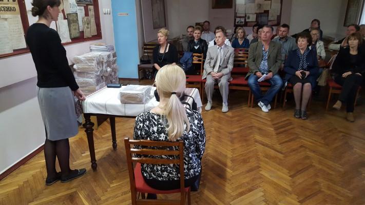 """Prezentacja podręcznika """"Raz, dwa, trzy i po polsku mówisz Ty!"""" w Kijowie"""