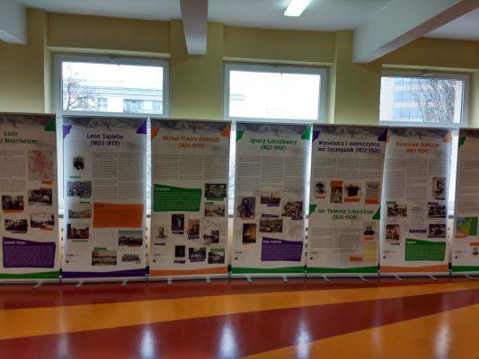 Wystawa i warsztaty o przedsiębiorczości w Gimnazjum nr 5 w Warszawie