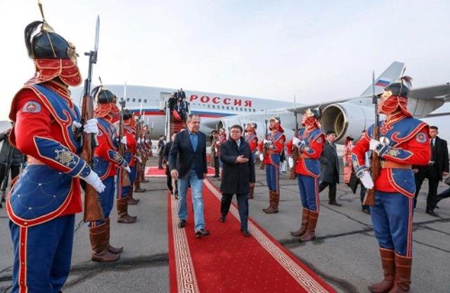 Belsat.eu o wizycie rosyjskiego ministra w Mongolii: Ławrow obraził Mongołów. Manierami.